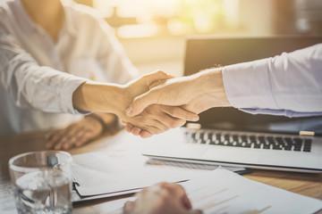 Groupe DELTA recrute un Business Developer IT's expérimenté H/F